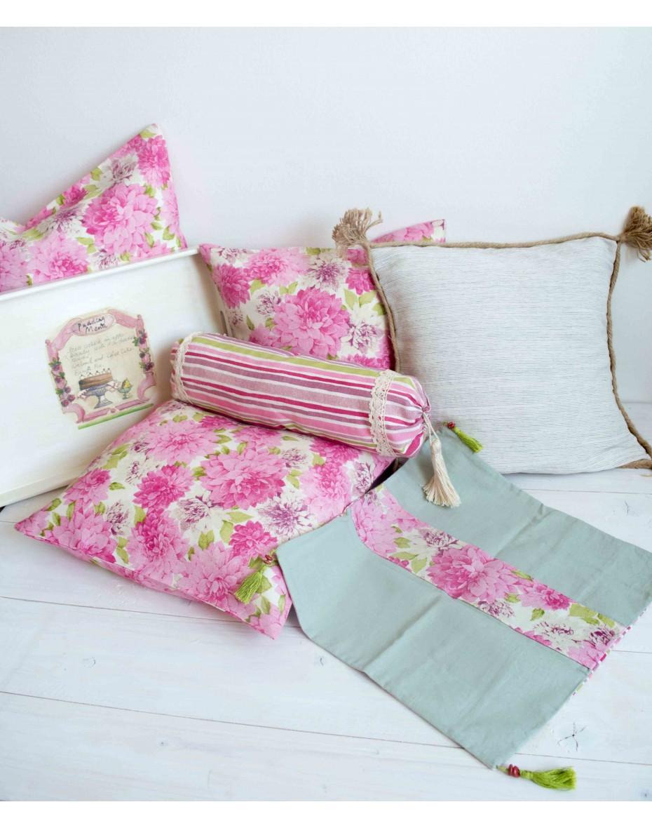 Bavlnená obliečka - ružové kvety 40x40